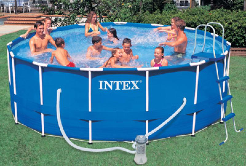 Intex piscina fuoriterra metal frame rotonda intex for Tappeto per piscina intex